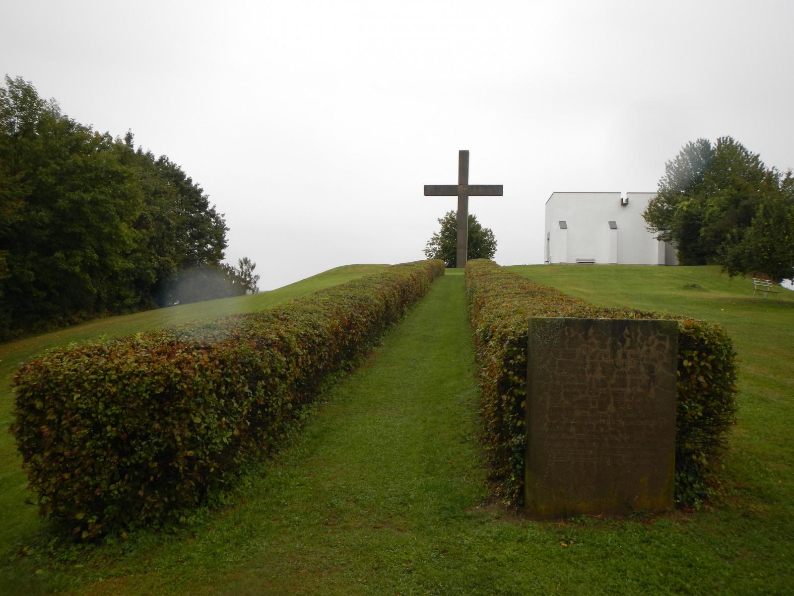 Friedensweg am Schlösslberg